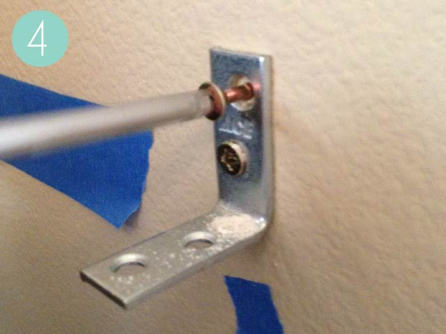 corner screw